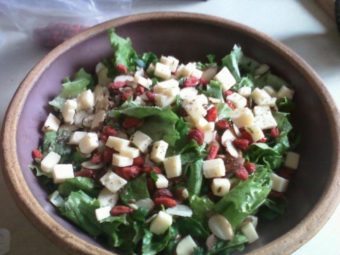 Scrumptious Simple Salad